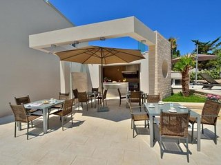 AM 066 Sharon Luxury apartments  with pool  Novalja A1  4+2