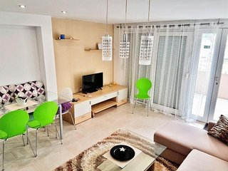 Dani Seaview Apartment In Tisno near festival site (4+2 persons) A1