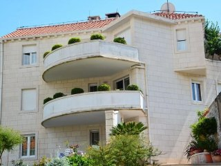 Apartments Mladen Insel Brac A 2 for 6 persons