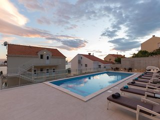 Villa Samba - One-Bedroom Apt. with Balcony A4