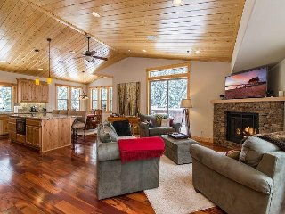 Upscale New 3BR Sugar Pine Point Home - 5 Minutes to Homewood Ski Resort