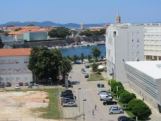 DS Lux apartmant E.T. in centar of Zadar, with sea view of the harbor and old ci