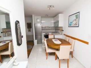 Apartment Sekica Omiš 3 + 2