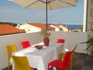 Apartment Megy  Hvar  A1 4+2