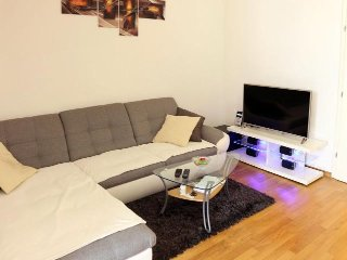 Cozy apartment in Zagreb on great location, Remetinacki Gaj, near Arena center,