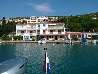 Seafront studio Apartment  Lorena D in Tisno (2+0)DS1308
