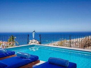 Beautiful, Newly Constructed 4 Bedroom Villa In Pedregal