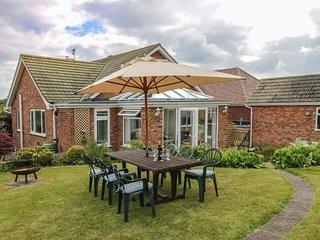 SKY VIEW, ground floor, easy access to amenities, in Bridlington, Ref 961238