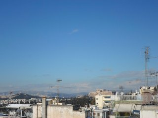 HOME! Good Athens' side. +Terrace+Acropolis view. Great appartment. Great host.
