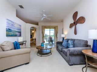 Cozy 4 bedroom 3 bath Highlands Reserve home w/ private pool from $163 a night