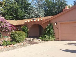 Newly Renovated Home located in the beautiful Chapel are a of Sedona! STARLITE