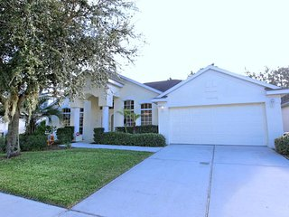 Cozy 4 bedroom 3 bath Highlands Reserve home w/private pool from $163 a night