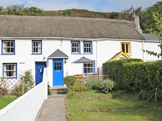 QUAY COTTAGE two-storey terraced cottage, coastal village, in St Agnes, Ref