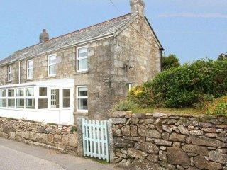 APRIL COTTAGE stone cottage, traditional range, oil burner, large kitchen