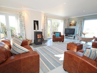 CRACKINGTON VEAN  is a unique detached property sitting in beautiful grounds