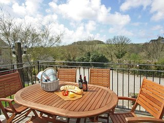 SADDLE COTTAGE holiday park location, on-site facilities, in Gulval, Ref xxxx