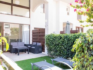 2b Private Garden Maisonette - Galatex Beach
