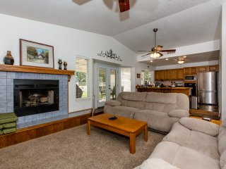 2893 Country Club Plaza Home ~ RA155097