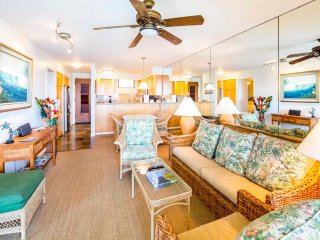 Poipu Bliss! Roomy w/Modern Kitchen, Lanai, Washer/Dryer, WiFi–Poipu Shores 203A