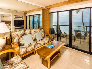Epic View! Upgraded Kitchen+Bath, Tile Floor, WiFi, Laundry, Lanai–Poipu Shores