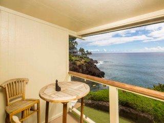 Feel the Ocean! Enjoy Kitchen Ease, Washer/Dryer, WiFi, Lanai–Poipu Shores 103C