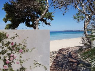 ★Beachfront House with Stunning Seaview★ Private Beach Access! Gallipoli, Puglia