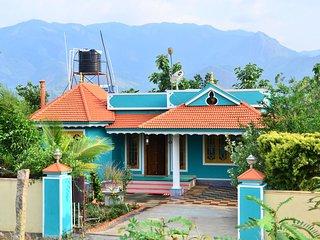 Marayoor Panicker's Holiday Home, 3Bedroom Holiday Home