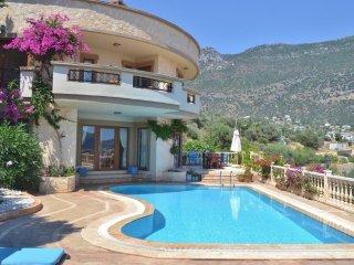 Roundhouse Villa