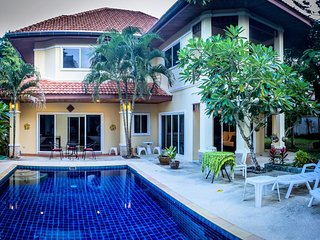 Sirin Spa 5 bedroom villa. located in the south of Phuket