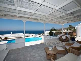 Mykonos Luxury VILLA Sea View + Pool Sleeps 6