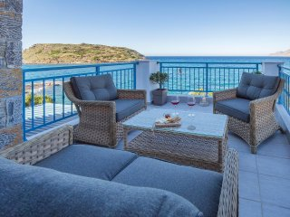 Seafront house Moments, only 20 meters from the Beach. Stone built & Comfortable