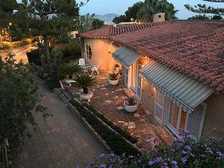 Casa Estela, Villa lujo estilo Mediterraneo con piscina, 10 minutos de Benidorm