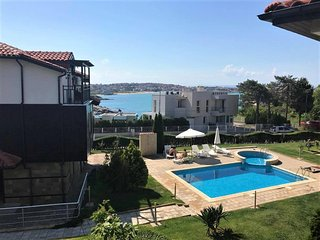 1-bedroom sea view holiday apartment