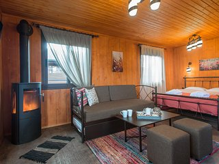 One Bedroom Mountain Bungalow A, Konitsa