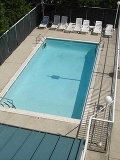 Large Pool for your use