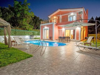 Villa Danae 3-Bedroom Villa with Private Pool