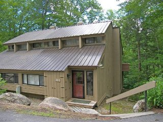 V057W - Managed by Loon Reservation Service - NH Meals & Rooms Lic# 056365