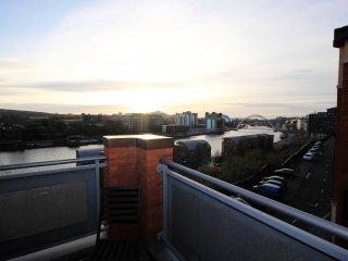 Properties Unique - High Quays Apartments (3 Bed)