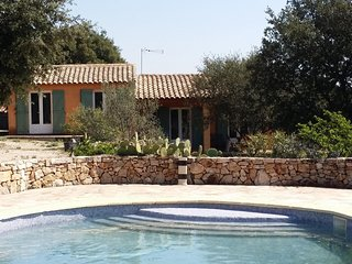 Villa les Romarins 2chambres avec piscine