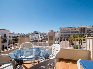 Apartamento 2 dormitorios en Plaza de España, Nerja(2A)