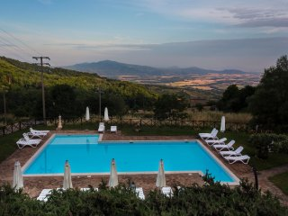 Gabbione - Bright one bdr in the region of Maremma, Tuscany