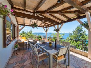 Spacious place with stunning sea view - big terrace