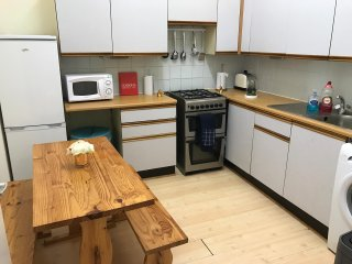 3 Bedroom Holiday Let city Centre
