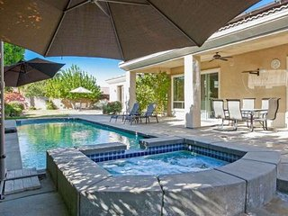 Spacious & Gracious home with Private Pool/Spa; 3 Bdrm / 3.5 Bth & Casita