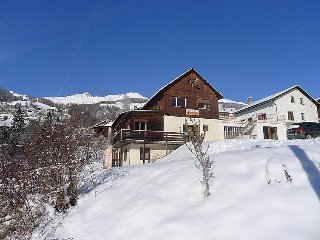 2 bedroom Apartment in Scuol, Engadine, Switzerland : ref 2299403