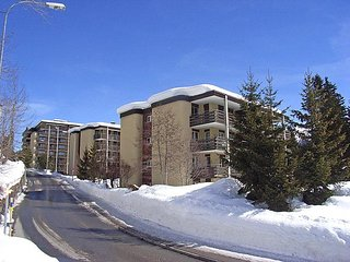 2 bedroom Apartment in Davos, Praettigau Landwassertal, Switzerland : ref
