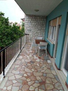 A1 Donji(4+2): terrace