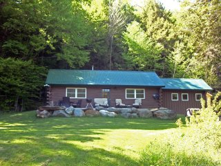 NEW! 2BR Jeffersonville Cabin Overlooking a Pond!