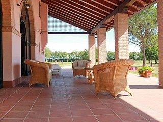 2 bedroom Villa in Venezia Mestre, Veneto, Italy : ref 2098321