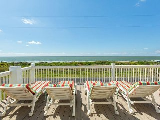 Beautiful 4BR Beachfront Gem w/ Private Balcony & Gulf View, 1 Block to Shore